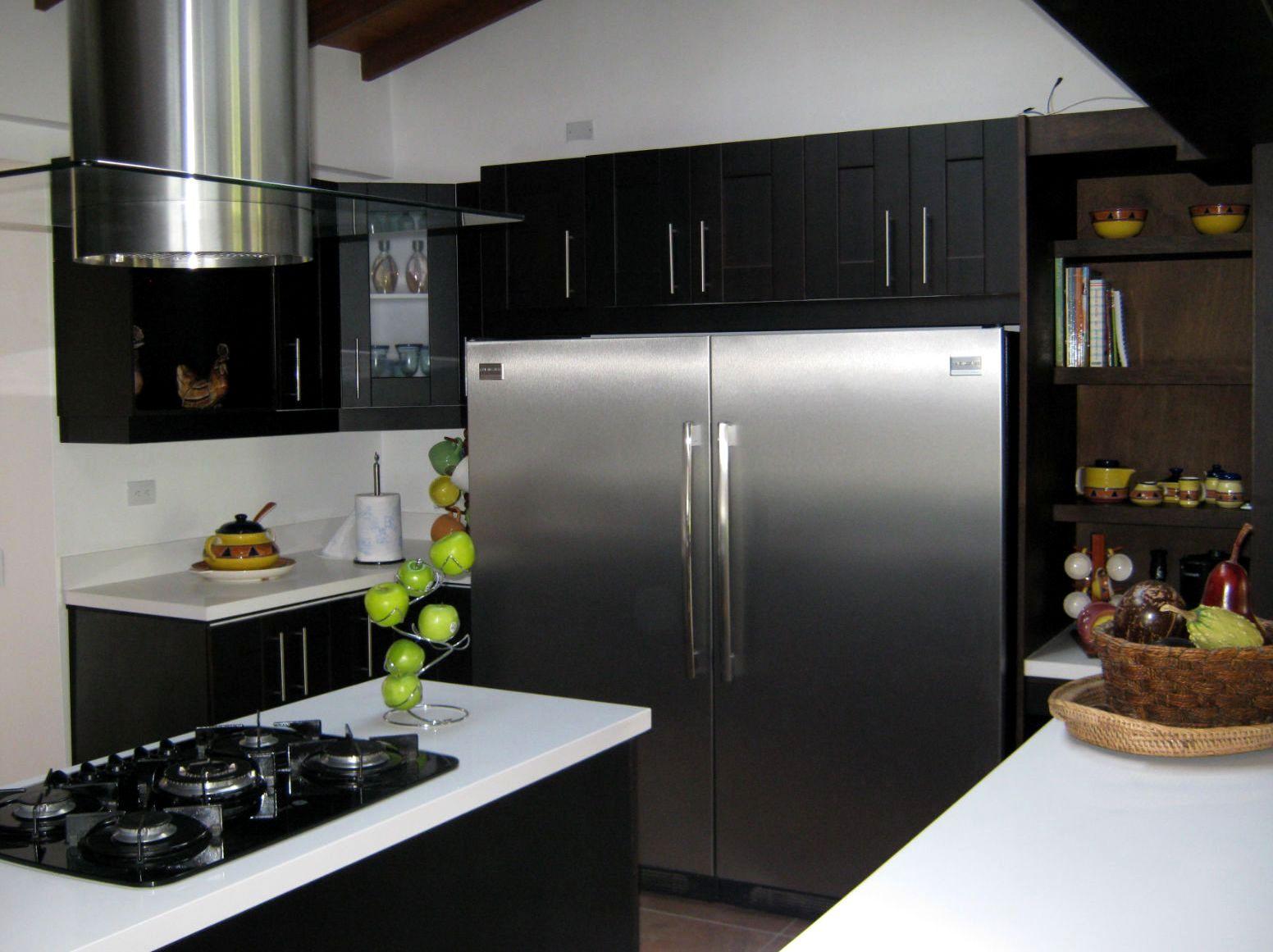 Latorre arquitectura medellin for Cocinas industriales medellin